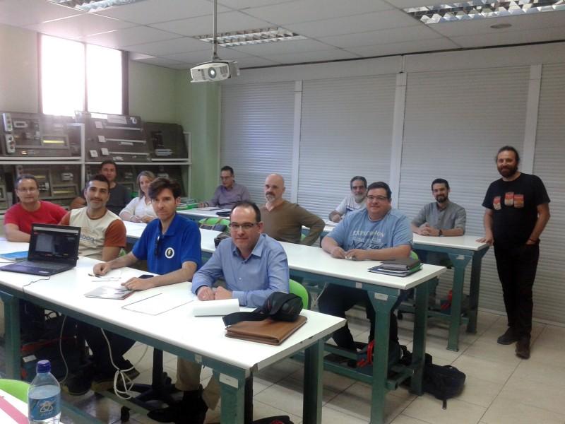 Curso de Instalaciones Eléctricas para Autoconsumo grupo