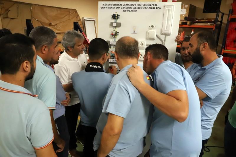 Curso medidas reglamentarias Grupo Gaselec medida de aislamiento