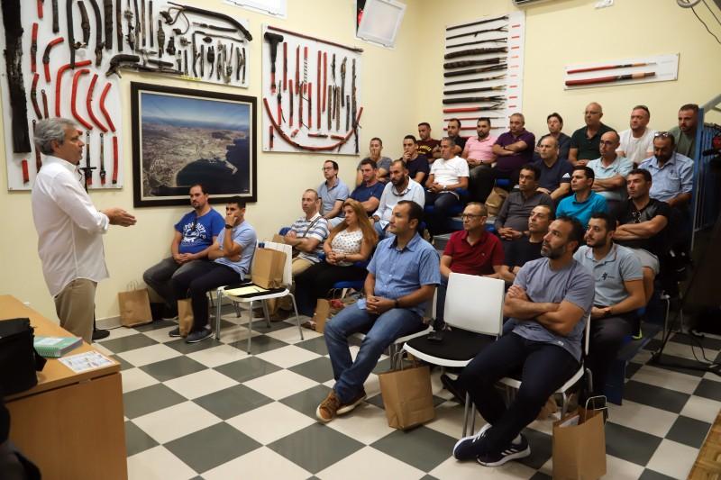 Curso medidas reglamentarias Grupo Gaselec teoría en las instalaciones del cliente