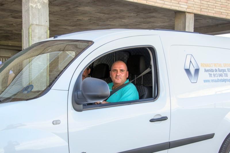 Curso puntos de recarga para vehículo eléctrico para profesores de FP de la Comunidad de Madrid prueba de vehículo eléctrico